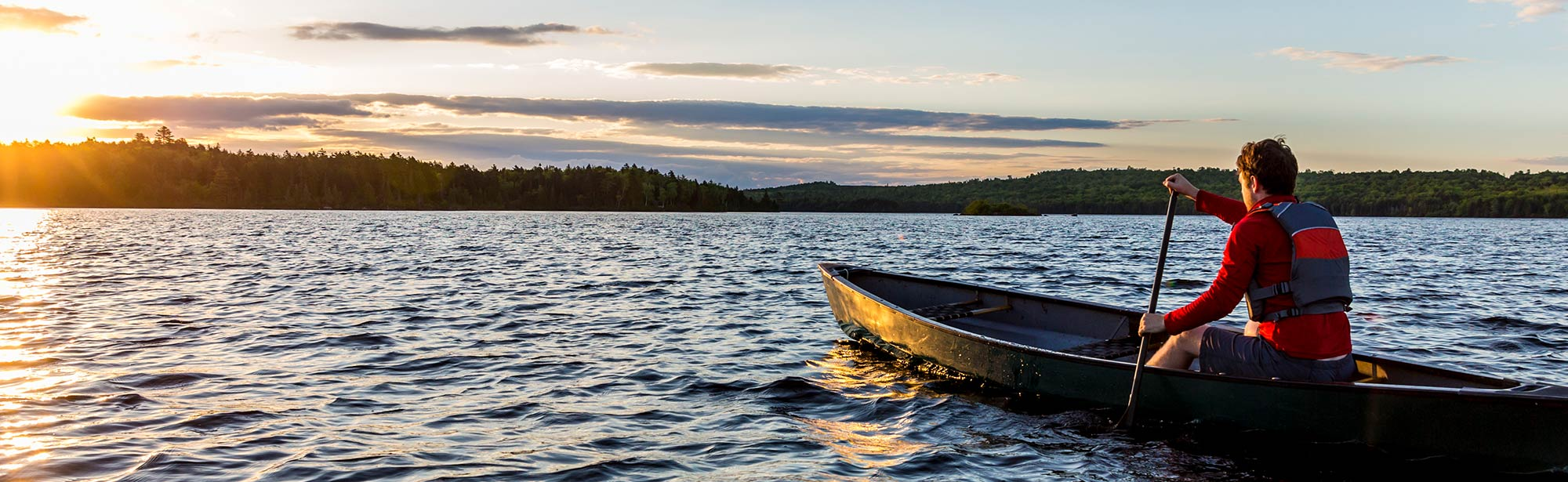 Image: Banner Mens Health - Man canoeing