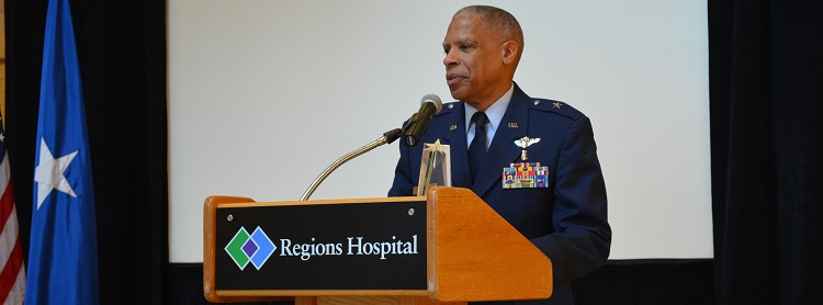 Banner: MGH blog - HealthPartners doctor honored for his service to Minnesota veterans