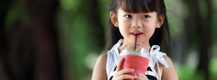 Banner: Health blog - 5 summertime snacks your kids will love