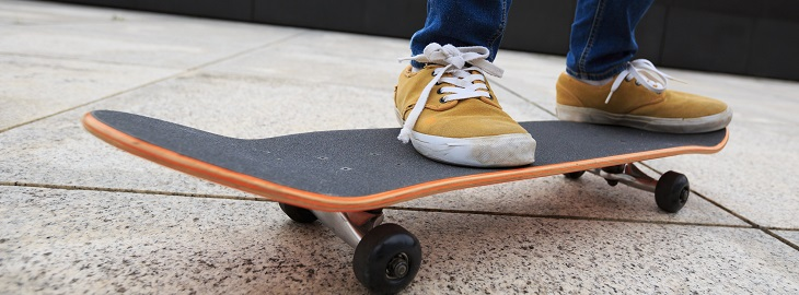 Banner: Health blog - What you need to know before stepping on a skateboard