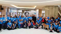 HealthPartners employees pose for a photo at an event supporting March of Dimes healthy babies